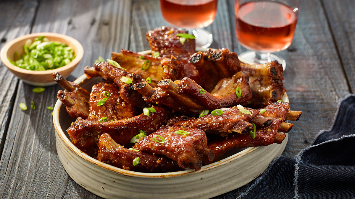 SLOW COOKER HONEY GARLIC RIBS